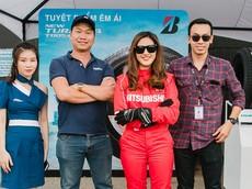 """""""Trợ thủ đắc lực"""" của """"nữ hoàng drift"""" Leona Chin khi biểu diễn cùng Mitsubishi Triton 2019"""
