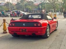 Quá tuổi về Việt Nam nhưng chiếc siêu xe cổ Ferrari F355 Spider vẫn có mặt trên đường phố Hải Phòng