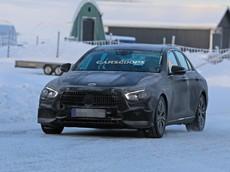 Mercedes-Benz E-Class 2020 xuất hiện trên đường với thiết kế mới mẻ từ ngoài vào trong