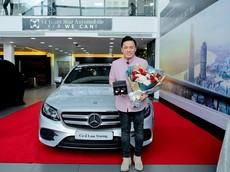 """A2 Lam Trường tậu Mercedes-Benz E300 AMG giá 2,77 tỷ đồng để """"ăn tết"""""""