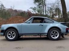 Gặp gỡ người đàn ông biến những chiếc Porsche 911 cổ điển thành xe off-road