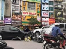 """Xe """"điên"""" lại gây náo loạn đường Trường Chinh vào chiều ngày Valentine, đâm gục hàng loạt xe máy"""