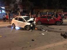 Vĩnh Phúc: Kia Cerato và Hyundai Grand i10 đấu đầu nhau, 5 người thương vong