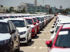 Tháng 1/2019, lượng ô tô nhập khẩu về Việt Nam tiếp tục đạt hơn 11.000 chiếc