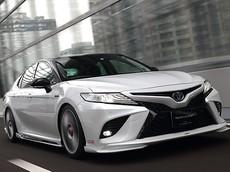 Nếu thấy Toyota Camry mới chưa đủ đẹp, bạn có thể mua bộ phụ tùng độ hầm hố này