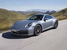 """Porsche 911 thế hệ mới """"bán chạy như tôm tươi"""" khiến 718 Cayman phải nhường nhà máy"""