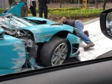 Chiếc siêu xe Koenigsegg CCXR từng thuộc sở hữu của Hoàng gia Qatar gặp tai nạn nghiêm trọng
