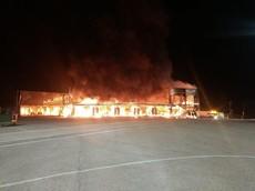 Vụ cháy hàng loạt siêu mô tô điện tại trường đua Tây Ban Nha là do chập điện