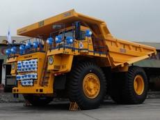 """Khám phá xe tải """"khổng lồ"""" BelAZ-75131 mới về mỏ than ở Việt Nam"""