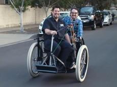 Đây là cảm giác lái chiếc xe ô tô thể thao đầu tiên trên thế giới