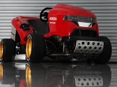 Choáng với máy cắt cỏ Honda trang bị động cơ của siêu mô tô CBR1000RR Fireblade SP