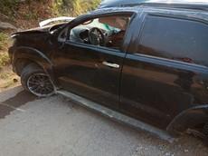 Toyota Fortuner biến dạng nặng sau khi lật ở khúc cua tại Lào Cai, cư dân mạng lại thắc mắc về túi khí