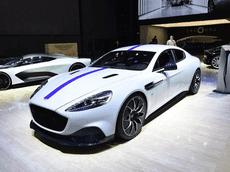 Đại gia Trung Quốc chiếm thế thượng phong khi đặt mua hàng hiếm Aston Martin Rapide E