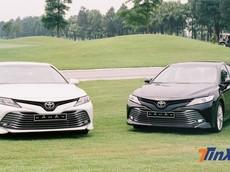 """Vừa ra mắt, Toyota Camry 2019 đã bị đại lý """"bán bia kèm lạc"""" hàng chục triệu đồng"""