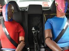 """Chuyên gia IIHS nói rằng hệ thống dây đai an toàn hiện tại là """"nguy hiểm"""" đối với hành khách phía sau"""