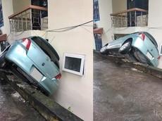 """Thái Nguyên: Nữ tài xế nhầm chân ga và chân thắng khiến Toyota Yaris gặp nạn """"khó đỡ"""""""