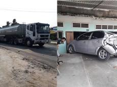 """Bình Thuận: Daewoo Gentra bị xe bồn chở xăng tông """"bẹp đuôi"""", lao vào nhà dân"""