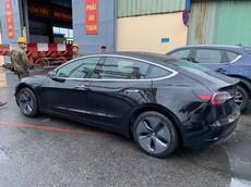 Xe sang bán chạy nhất tại Mỹ năm 2018 - Tesla Model 3 - bất ngờ cập cảng Việt Nam