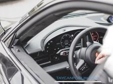Porsche Taycan - đối thủ Tesla Model S - bất ngờ rò rỉ hình ảnh nội thất thực tế