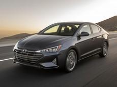 Hyundai Elantra 2020 ra mắt với hộp số CVT mới và trang bị tốt hơn