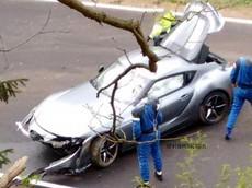 """Chiếc xe thể thao Toyota GR Supra 2020 gặp nạn tại """"địa ngục xanh"""" Nurburgring"""