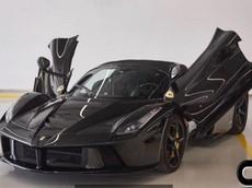 Bán vài căn nhà cũng chưa chắc đủ tiền rước về chiếc Ferrari LaFerrari Aperta cũ này