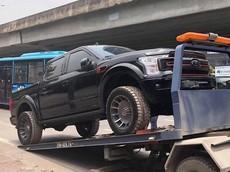 """Của """"hiếm"""" Ford F-150 Harley-Davidson bất ngờ xuất hiện tại Việt Nam"""