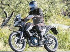 Thiết kế KTM 390 Adventure chính thức lộ diện hoàn toàn, sẵn sàng bán ra ra với 2 bản trang bị