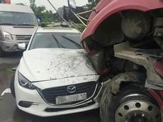 Thanh Hóa: Xe container vượt ẩu, gây tai nạn liên hoàn cho 4 ô tô