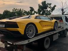 Car Passion 2019: Cặp đôi siêu xe hơn 63 tỷ đồng của doanh nhân quận 12 được vận chuyển ra Hà Nội