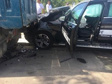 Đà Nẵng: Lái thử Mercedes-Benz GLC của đại lý, nam thanh niên gây tai nạn liên hoàn