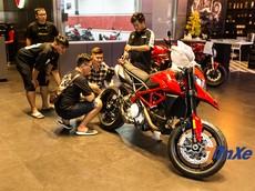 Đập hộp Ducati Hypermotard 950 vừa về Việt Nam, chuẩn bị tham dự Đại hội Mô tô Việt Nam