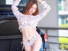 Người mẫu Thái Lan khoe vòng eo săn chắc đáng ước ao của phái yếu