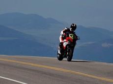 Tay đua huyền thoại Carlin Dunne của Ducati tử vong sau tai nạn tại sự kiện leo núi Pikes Peak