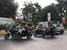 4 biker kì cựu người Việt lên đường chinh phục thế giới từ Hà Nội bằng mô tô phân khối lớn