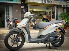 """Lạ mắt với phiên bản """"xế điệu"""" Piaggio Liberty độ màu xi măng đầy hấp dẫn tại Việt Nam"""