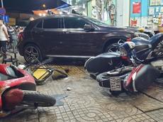 TP.HCM: Nữ tài xế lái xe sang gây tai nạn liên hoàn khiến 6 người nhập viện