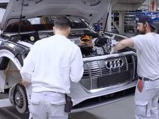 Chứng kiến cách những chiếc Audi e-tron được chế tạo tại nhà máy
