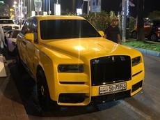 Chiếc Rolls-Royce Cullinan màu vàng chói lóa này đảm bảo khiến người khác phải ngoái nhìn
