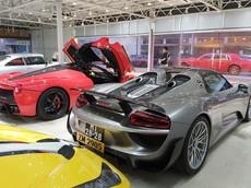 Dàn siêu xe hơn 500 tỷ đồng khoe dáng tại sự kiện ô tô ở Hồng Kông