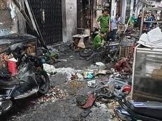 TP. Hồ Chí Minh: Thanh niên chở ga ngã xe, cả con phố bị thiêu rụi