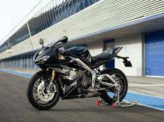 Chi tiết Triumph Daytona 765 Moto2 - Mẫu sport bike thương mại hiện đại nhất trong lịch sử Triumph