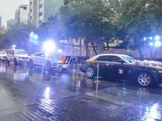 """Rolls-Royce Ghost cùng 5 chiếc SUV hơn 100 tỷ đồng dầm mưa trong đám cưới con gái Minh """"Nhựa"""""""