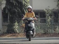 """Xe máy điện tự cân bằng do sinh viên chế tạo """"xịn xò"""" như xe tự cân bằng của Honda"""