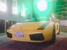 Siêu xe Lamborghini Gallardo biển Lào xuất hiện tại thành Vinh
