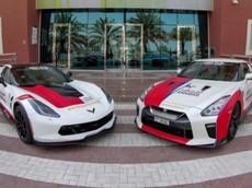 Không chỉ có siêu xe cảnh sát, Dubai còn có xe cứu thương Nissan GT-R và C7 Corvette Grand Sport
