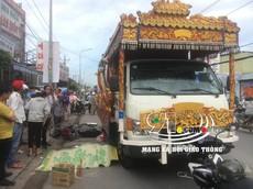 Bình Dương: Xe tang cán tử vong nam công nhân đang trên đường đi làm