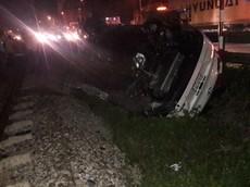 Thanh Hóa: Lái ô tô băng qua đường sắt, một Phó Bí thư Huyện ủy bị tàu tông tử vong