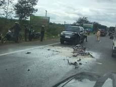 Lâm Đồng: Xe máy phát nổ sau khi tông trực diện ô tô, một người tử vong