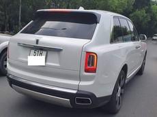 SUV siêu sang Rolls-Royce Cullinan đầu tiên trong Nam ra biển trắng